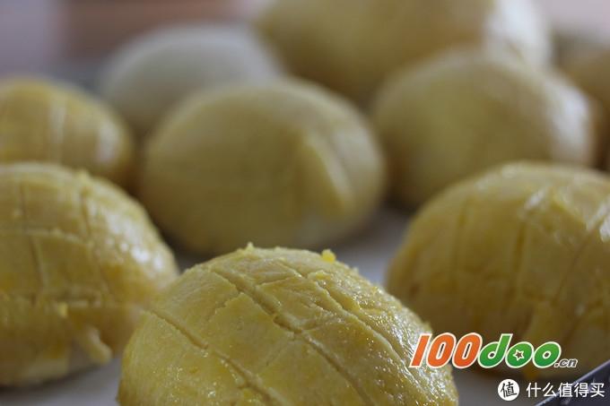 烘焙好文:手把手详细解密菠萝包制作步骤,新手也能100%搞定!